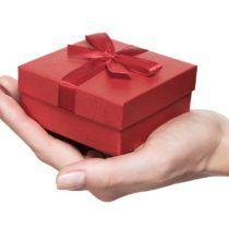 Srebrna rocznica ślubu. Co kupić na prezent na 25 rocznicę ślubu?