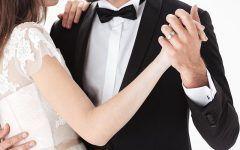 Pierwszy taniec w prezencie. Prezenty ślubne od rodziców - podaruj narzeczonym bon na kurs tańca towarzyskiego dla dwojga