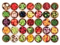 Niespodzianka urodzinowa dla przyjaciółki – konsultacje u dietetyka dla wegan to świetny pomysł na prezent
