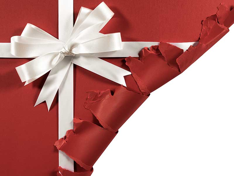Świąteczne opakowanie prezentu