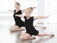 Karta podarunkowa na zajęcia baletowe to wspaniały prezent dla dziecka
