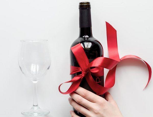 Jak zapakować wino?