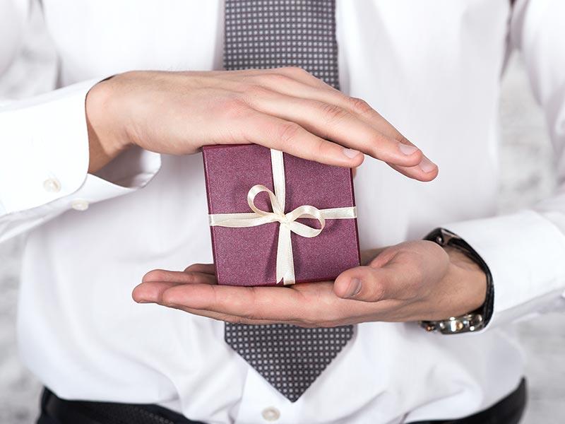 prezent-dla-szefa-na-urodziny_1_800x600