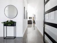 Nie masz pomysłu na aranżację wąskiego korytarza? Prezent dla bliskich w postaci voucher na projekt rozwiąże wszystkie Wasze problemy