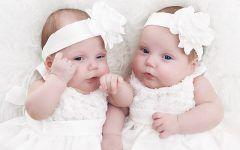 Sprawdź pomysł na prezent na chrzciny dla bliźniaków