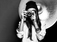 Bliska Ci osoba uwielbia robić zdjęcia? Podaruj jej w prezencie voucher na kurs fotografii