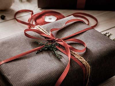 oryginalne opakowanie prezentu