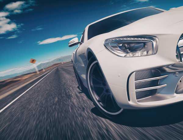 jazda-zportowym-autem_800x600