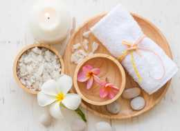 Kultowy prezent dla każdej kobiety – voucher do salonu spa